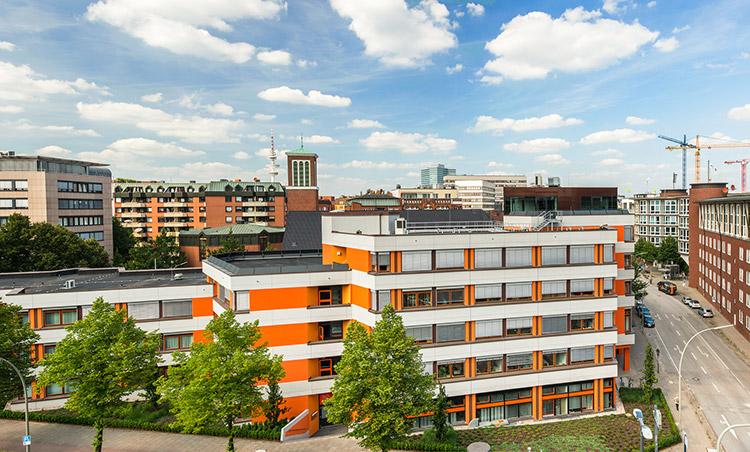 Außenansicht des ITHF im Gebäude der katholischen Akademie in Hamburg.
